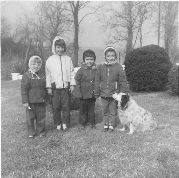 Joan, Mary, Joe, Liz and Cookie Benda